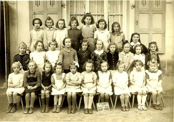 18 - Photos de classe de filles