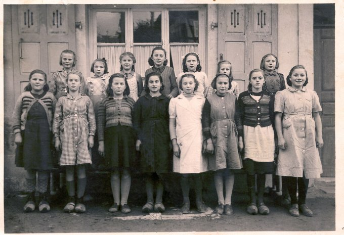 13 - Photos de classe de filles