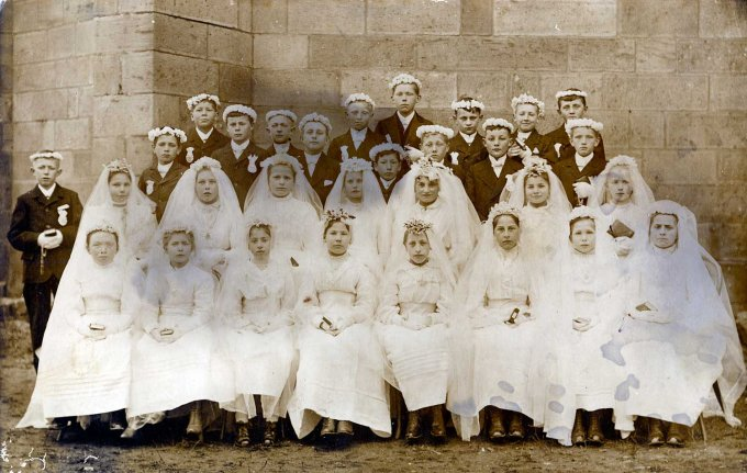 45 - La communion des classes 1904 et 1905